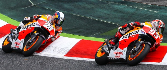 marc_marquez_and_dani_pedrosa_rode_an_exciting_race_to_the_podium_at_catalunya