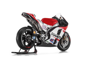 Ducati_MotGP_Team_2015_33_Dovizioso