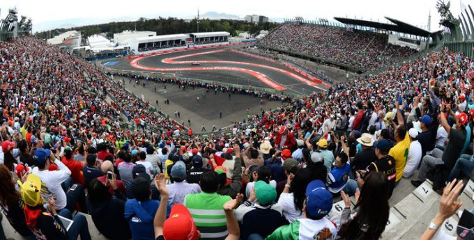 mexican-grand-prix-action-sergio-perez-force-india-mexico-baseball-stadium-formula-1_3371263