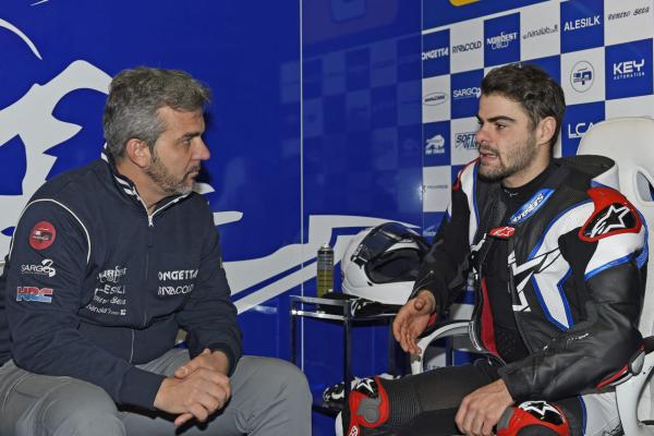 Fenati impresses on Moto3 comeback