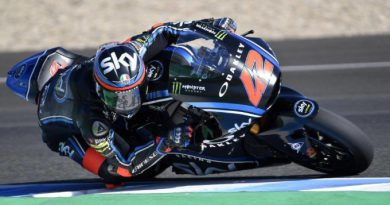 Bagnaia leads opening day of Moto2 test