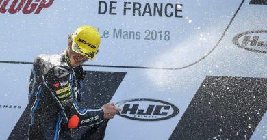 Classy Bagnaia dominates Moto2 in Le Mans