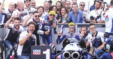 Martin holds off Bezzecchi for Moto3 win